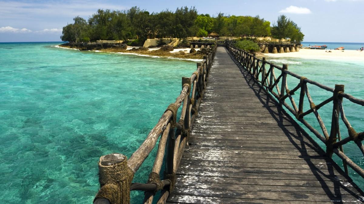 zanzibar-bridge-prison-island